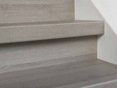 Profitrap-CPL-laminaat-dichte-trap-molina-grijs-1