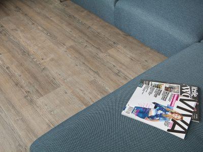 Profitrap-PVC-vloer-4204-seasoned-pine-sfeer